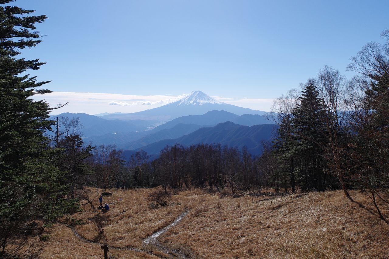 雁ヶ腹摺山からの富士山展望
