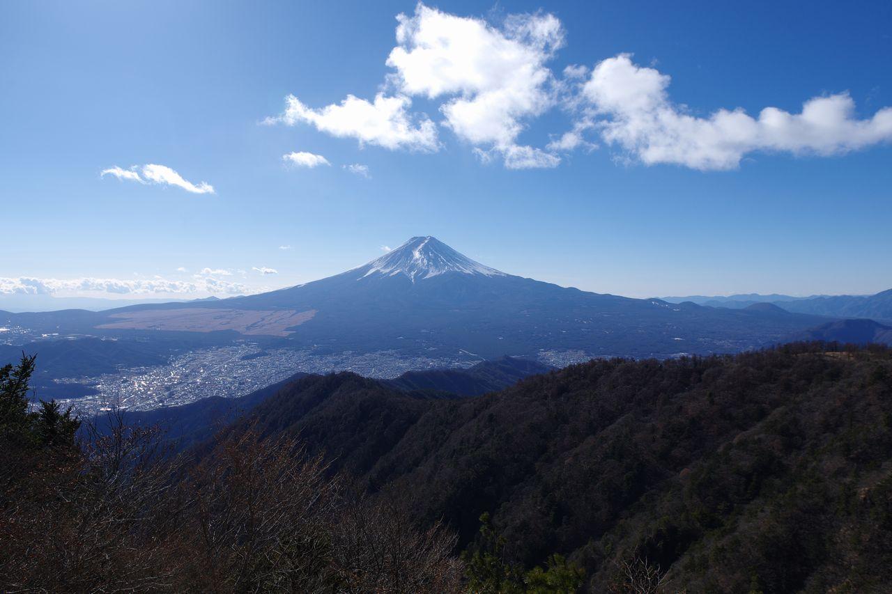 三ッ峠山 開運山から見た富士山