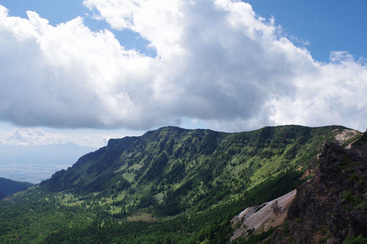 仙人岳から見た黒斑山