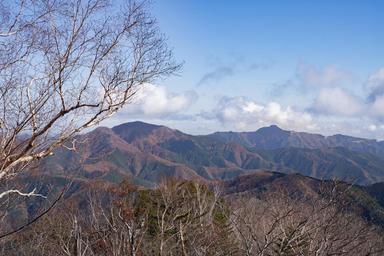 三頭山 展望台からの眺望