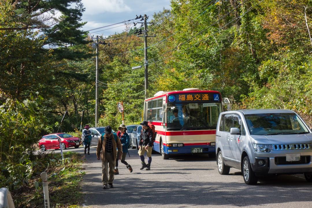 安達太良山へ向かう道の道路渋滞