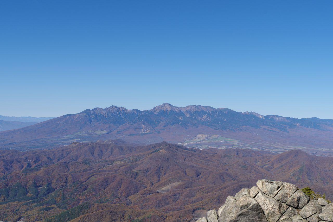 瑞牆山から見た八ヶ岳