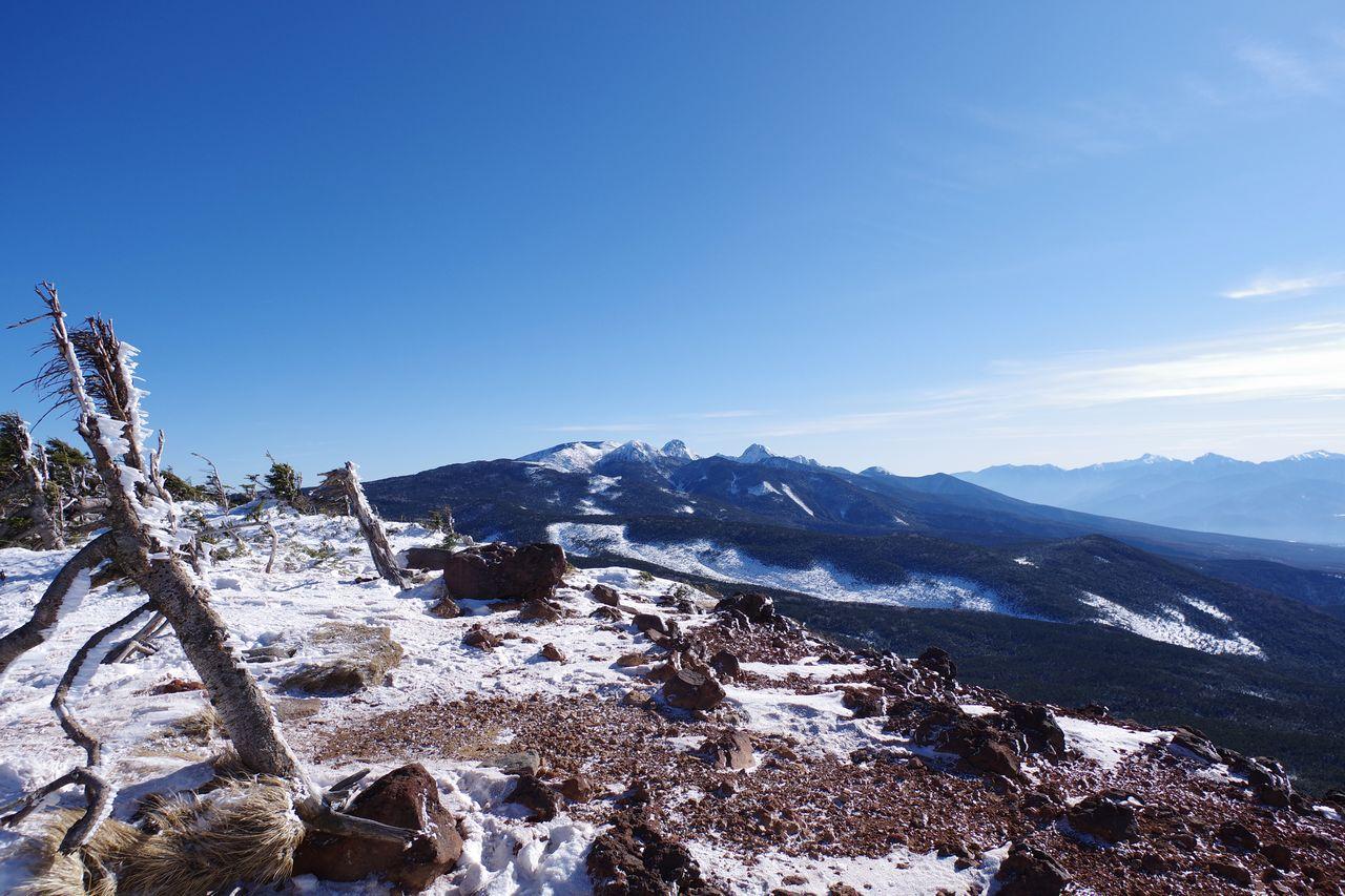 茶臼山の展望台から見た南八ヶ岳