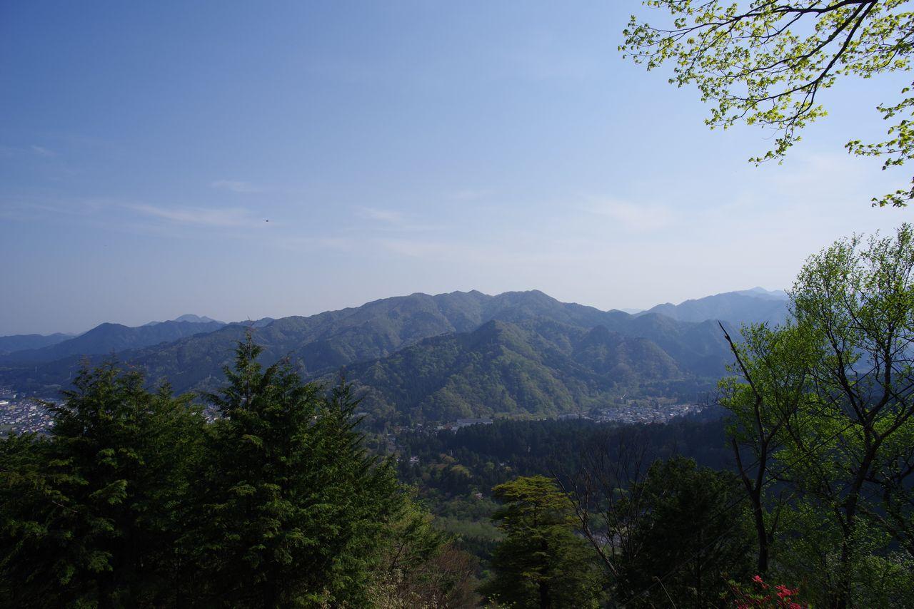 都山から見た鳴虫山