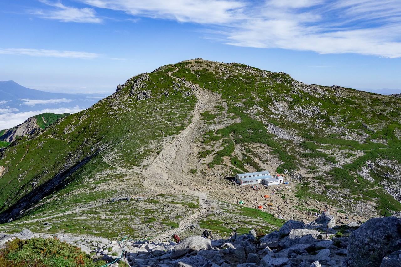 中岳から見た木曽駒ケ岳