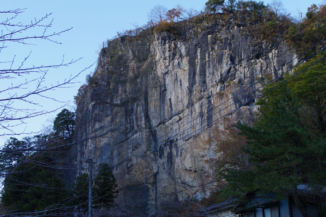 武甲山 橋立の岩壁